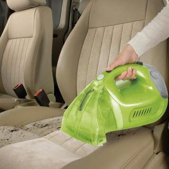 Qu'est-ce qui détermine la capacité de nettoyage d'une shampouineuse ?